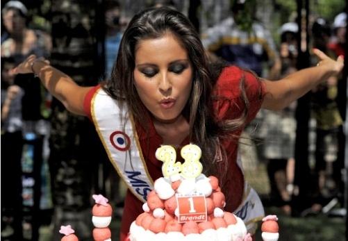 Joyeux Anniversaire Miss France Malika Menard